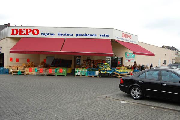 Locker Körbe Depo Market Köln